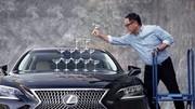 Le charismatique patron de Toyota répond sèchement à la valorisation de Tesla