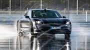 Le Porsche Taycan s'offre le plus long drift du monde en électrique