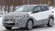 Opel Grandland X : premières images du SUV restylé légèrement camouflé