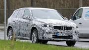 Le SUV BMW iX1 est dans la nature
