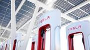 Tesla : 800 Superchargers ouverts en France