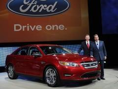 Ford Taurus : emblématique et technologique
