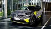 Renault Mégane eVision : les premières photos et infos officielles de la compacte électrique !