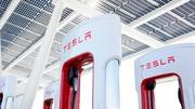 Tesla Superchargers, jusqu'à 300 kW