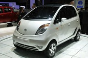 Genève 2009 - Le retour de la Tata Nano : Tarif : 5000 euros... moins cher qu'une Dacia !