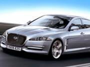 XE : un roadster hybride rechargeable chez Jaguar