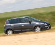 Essai Renault Scénic III 1.5 dCi (2009) : Court et stylé