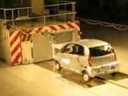 Un premier crash-test européen réussi pour la Tata Nano