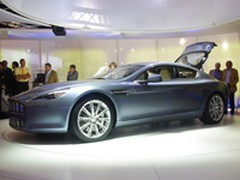 Aston Martin Rapide : quatre portes et quatre baquets