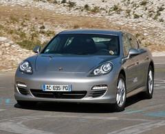 Essai Porsche Panamera S : L'extraterrestre