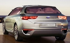 Concept Subaru hybride : 2 immenses portières et 2 petits moteurs électriques