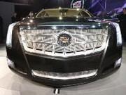 Cadillac XTS Platinum : la luxueuse hybride qui veut se frotter aux références allemandes