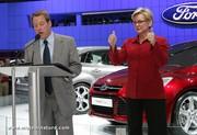 Reportage sur les voitures écologiques au salon de l'auto de Detroit
