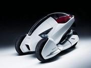 Honda 3R-C : Mi-voiture, mi-moto