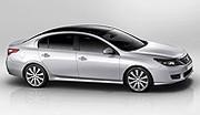 L'attitude imposante de la Renault Latitude