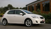 Essai Toyota Auris Hybride : au risque de manger la Prius