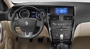 Renault Latitude : Elle tombe le masque