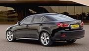 Lexus étend sa gamme IS vers la bas