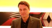 L.van den Acker, designer Renault « Retrouver l'esprit des voitures à vivre »
