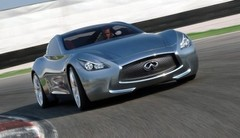 Un quatre cylindre Mercedes dans le prochain coupé Infiniti ?