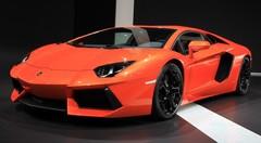Lamborghini Aventador : L'art du teasing
