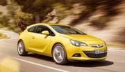 Opel Astra GTC : Une robe et des dessous fort sympathiques !