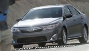 La future Toyota Camry surprise nue
