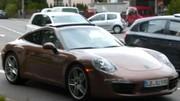 La Porsche 911 type 991 d'encore plus près, la version Targa en question