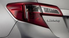 Toyota : nouveau teaser pour la Camry