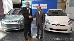 Ford et Toyota associés pour développer des hybrides lourds