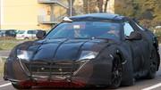 Ferrari : La remplaçante de la 599 lourdement camouflée