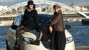 Les drôles de dames de Caradisiac testent la Lancia Ypsilon