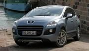 Immatriculations France : la Peugeot 3008 HYbrid4 devant l'Auris et la Prius en janvier