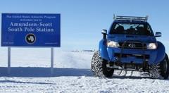 Toyota Hilux en Antarctique