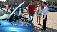 Bolloré, Nissan et Mia : le trio gagnant sur le marché du véhicule électrique