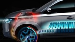 Mitsubishi Outlander Hybride rechargeable en première au Mondial de l'Auto 2012