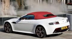 Aston Martin V12 Vantage : nouvelles photos de la version roadster
