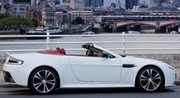 Aston Martin officialise la version roadster de la Vantage V12
