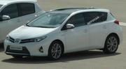 La nouvelle Toyota Auris Hybride surprise