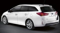 Toyota Auris Touring Sports : Renfort de taille