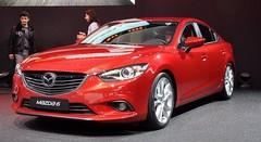 La Mazda6 met l'accent sur les aides à la conduite