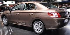 La Peugeot 301 vise plus haut que la Logan