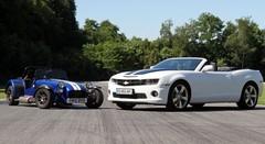 Essai Chevrolet Camaro Cabriolet vs Caterham R300 Superlight : deux recettes, une même passion