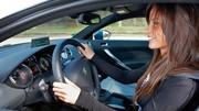 Les jeunes conductrices menacées d'une hausse de 50% de leur prime d'assurance