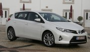 Essai Toyota Auris II : mieux que la Golf ?