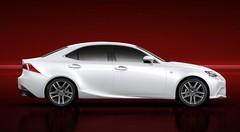 Lexus IS : stylée et hybridée