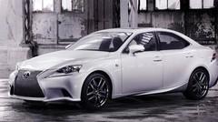Lexus IS : une voiture qui déménage