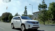 "Pub Superbowl 2013 : Kia Sorento - ""Space babies"""