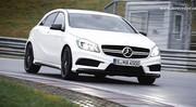Mercedes A45 AMG : première vidéo officielle, à fond sur route et circuit