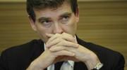 Le P-DG de Titan veut un tapis rouge, Montebourg promet le zèle des douanes